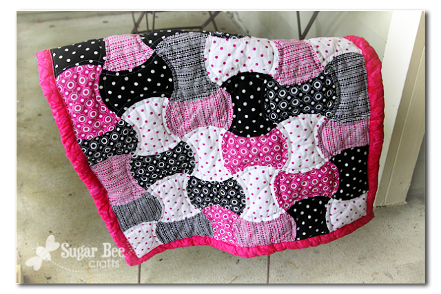 pink+apple+core+quilt.png