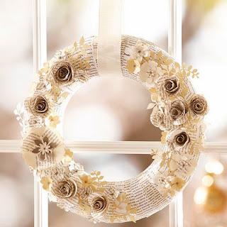 Coronas de Navidad con Papel Reciclado