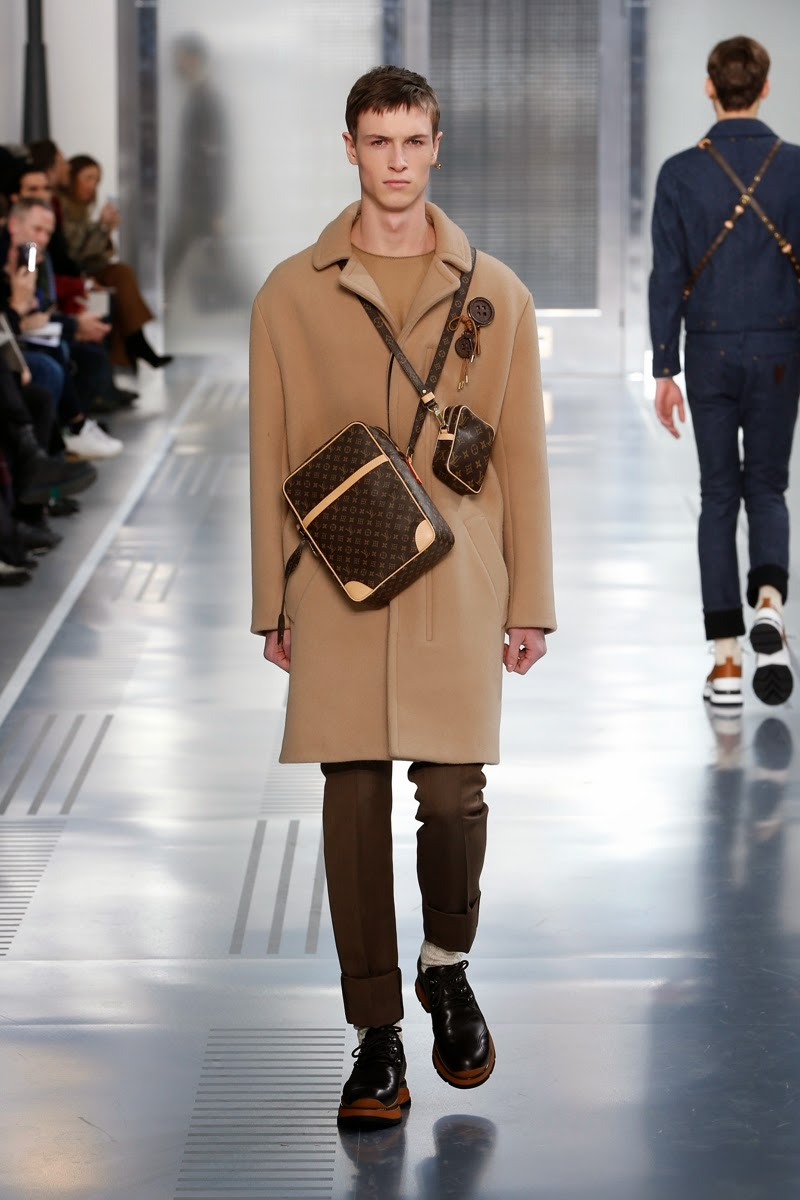 Louis Vuitton Men AW15, Louis Vuitton Men FW15, Louis Vuitton Men Fall Winter 2015, Louis Vuitton Men Autumn Winter 2015, Louis Vuitton Men, du dessin aux podiums, dudessinauxpodiums, LVLive, PFW, mode homme, menswear, habits, prêt-à-porter, tendance fashion, blog mode homme, magazine mode homme, site mode homme, conseil mode homme, doudoune homme, veste homme, chemise homme, vintage look, dress to impress, dress for less, boho, unique vintage, alloy clothing, venus clothing, la moda, spring trends, tendance, tendance de mode, blog de mode, fashion blog, blog mode, mode paris, paris mode, fashion news, designer, fashion designer, moda in pelle, ross dress for less, fashion magazines, fashion blogs, mode a toi, revista de moda, vintage, vintage definition, vintage retro, top fashion, suits online, blog de moda, blog moda, ropa, blogs de moda, fashion tops, vetement tendance, fashion week, Paris Fashion Week