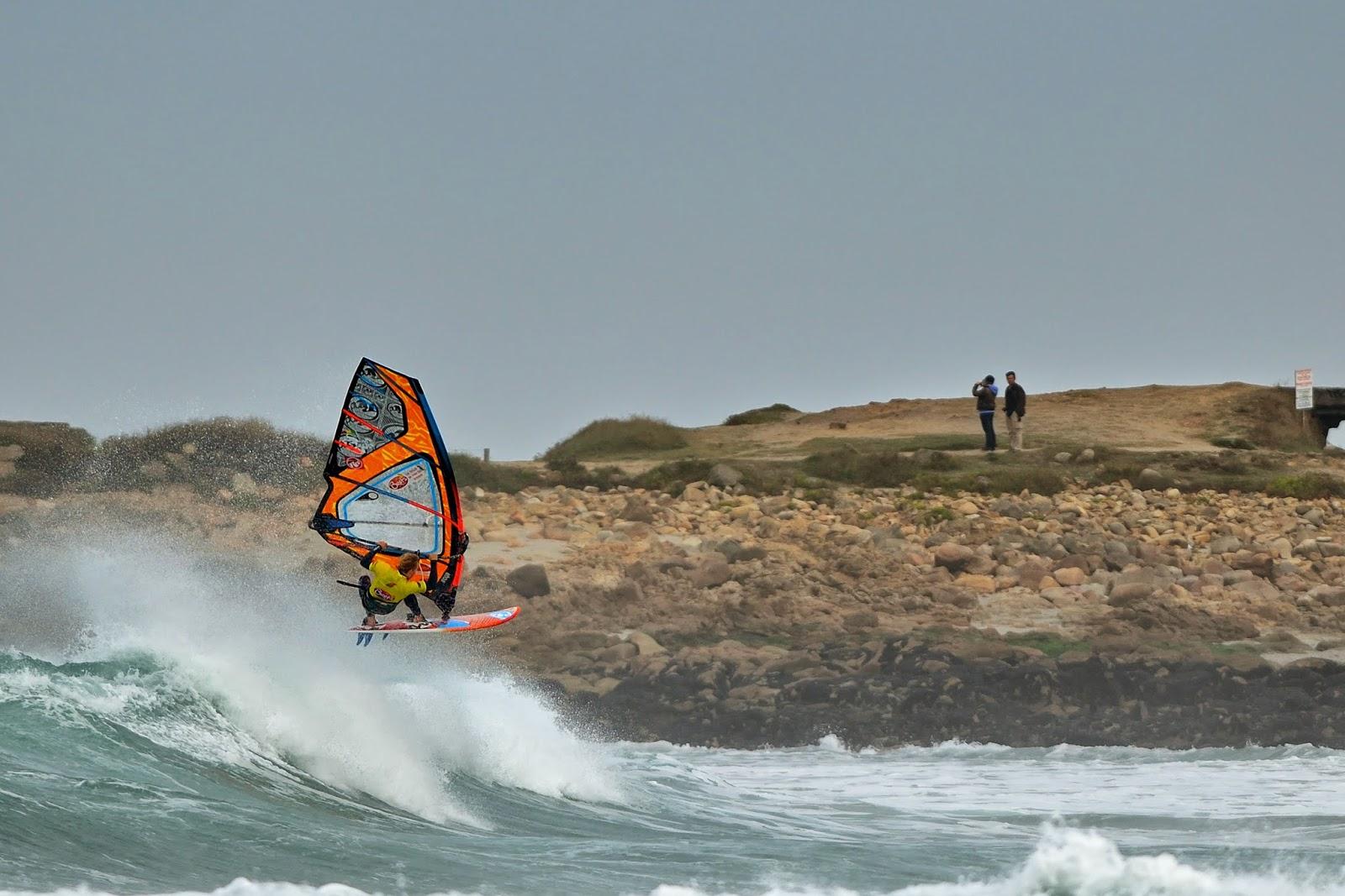 Les meilleurs windsurfers de retour à La Torche !