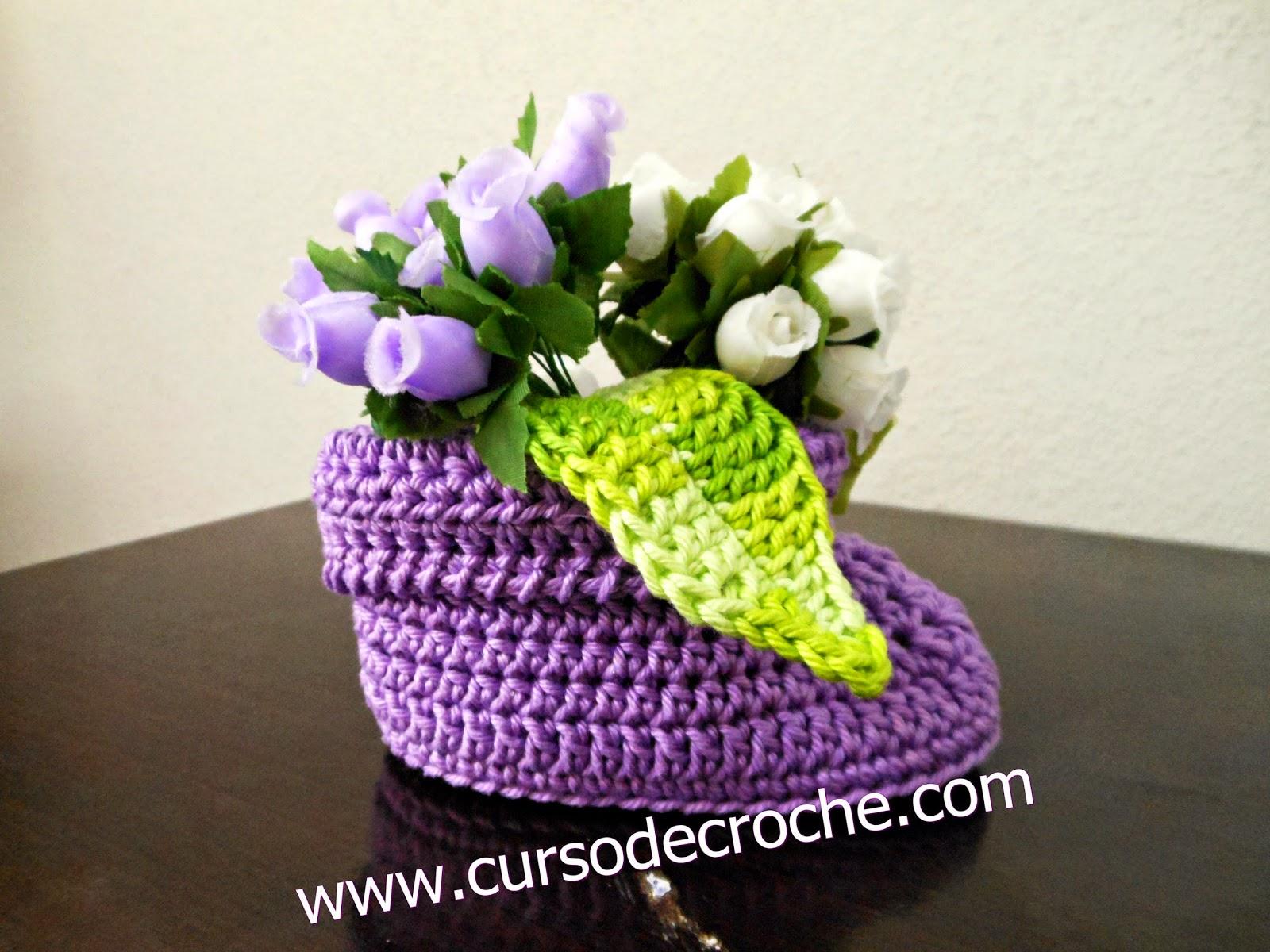 sapatinhos em croche cano alto bebê decoração dvd loja curso de croche edinir-croche