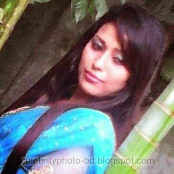 Beautiful%2BBangladeshi%2BLocal%2BHot%2BGirl%2BNishat%2BMollik%2BPhotos%2BCollection%2B2014 2015001