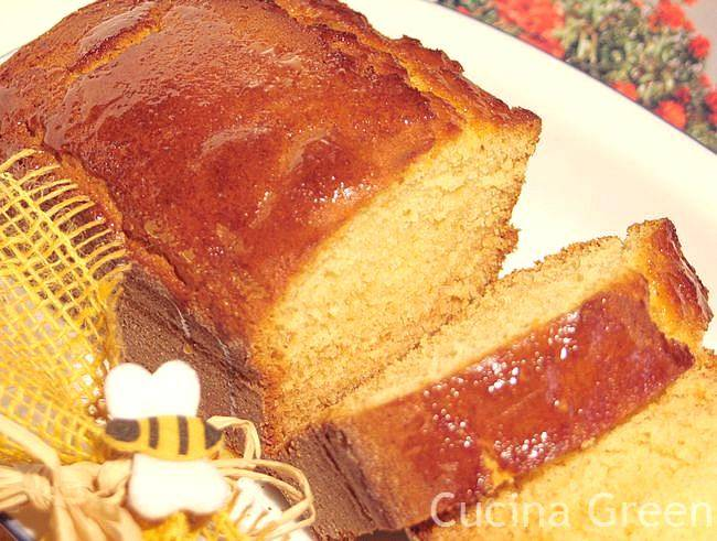 torta al miele ricetta veloce morbida