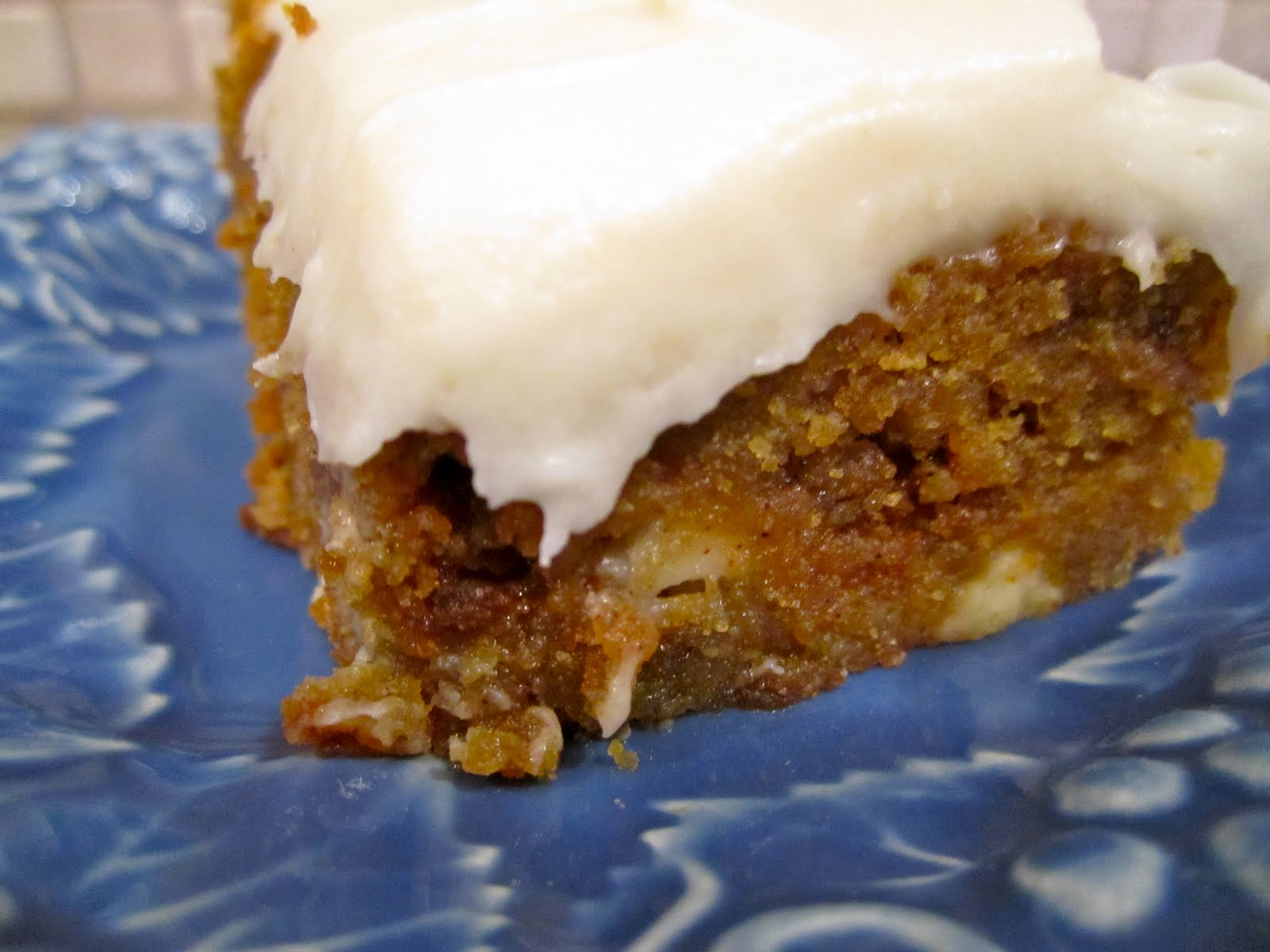 Sweet Tooth Sisters: Frosted Pumpkin Blondies
