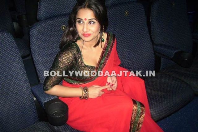1 - Vidya Balan at Dirty Picture Premiere at Grand Cineplex Dubai Images