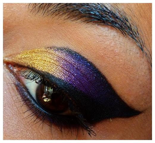 J\u0027ai réalisé ce maquillage pour le gala/spectacle de clôture du Festival  Umrah, festival de danse tribale fusion, qui s\u0027est tenu à Marseille du 22  au 27