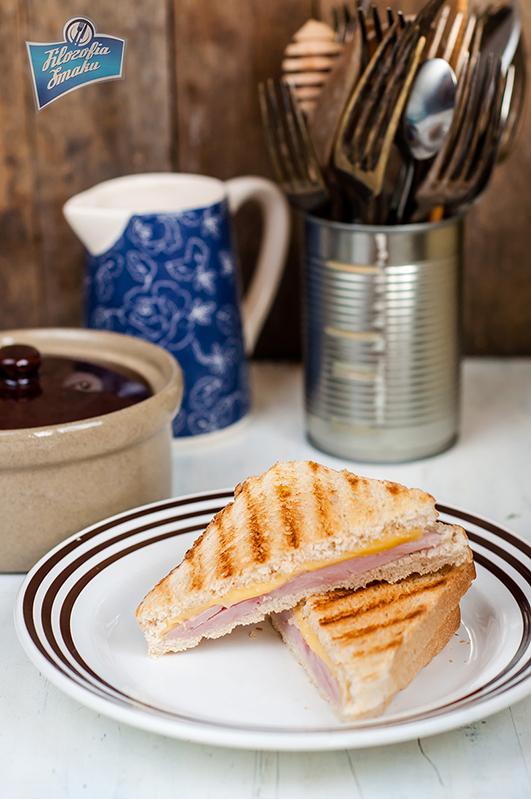 Szybki sandwich z serem