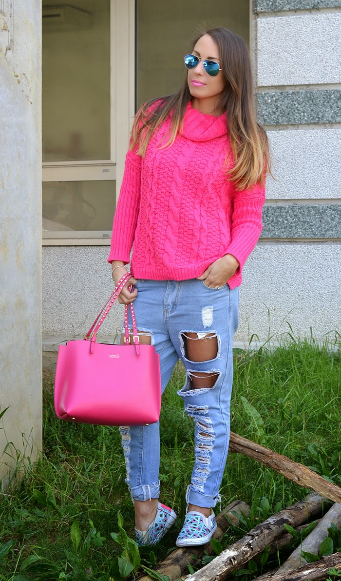 maglione rosa fuxia