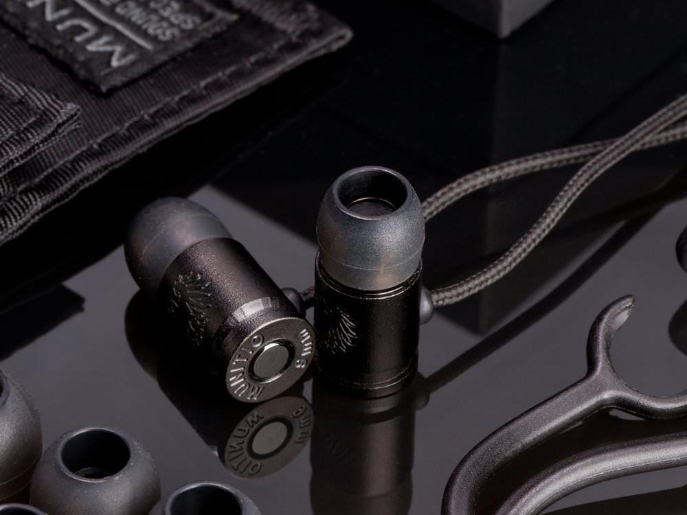 ただ「カッコイイ」9mm弾丸の形をしたイヤホン