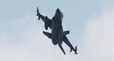 la-proxima-guerra-cazas-turcos-bombardean-posiciones-del-pkk