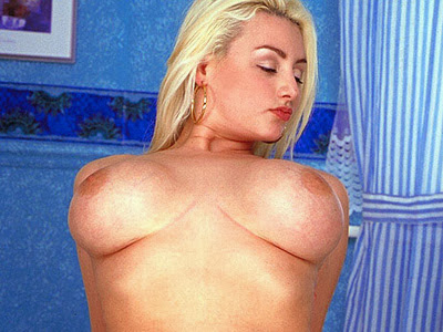 Hannah_Jizzed By The Editor_m_1