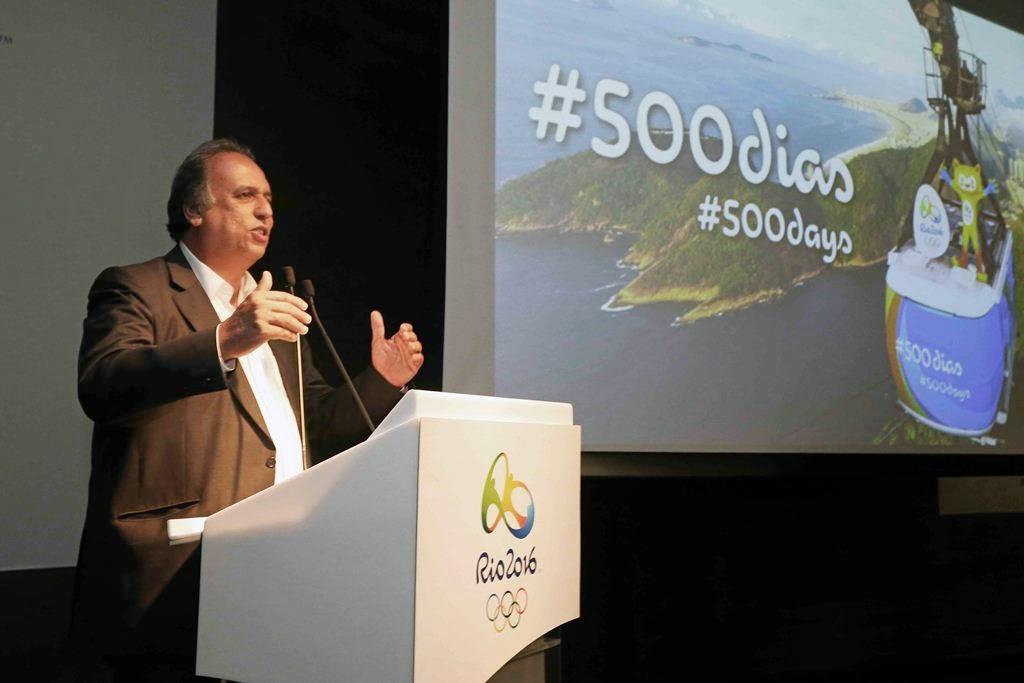 O governador Luiz Fernando Pezão anunciou, nesta terça-feira (24.03), investimentos de R$ 500 milhões para tratar os dejetos lançados na Baía de Guanabara.