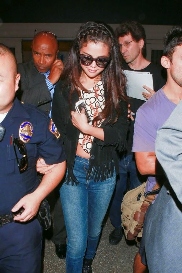 Street Style_Selena Gomez