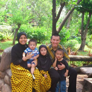 Profil dan Biodata Ustad Felix Y Siauw