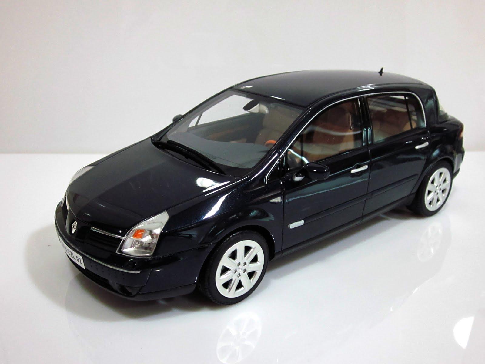 Renault Vel Satis 3.5 V6 24 '05 - Otto Mobile