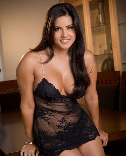 Sunny leone in blue lingerie related pics