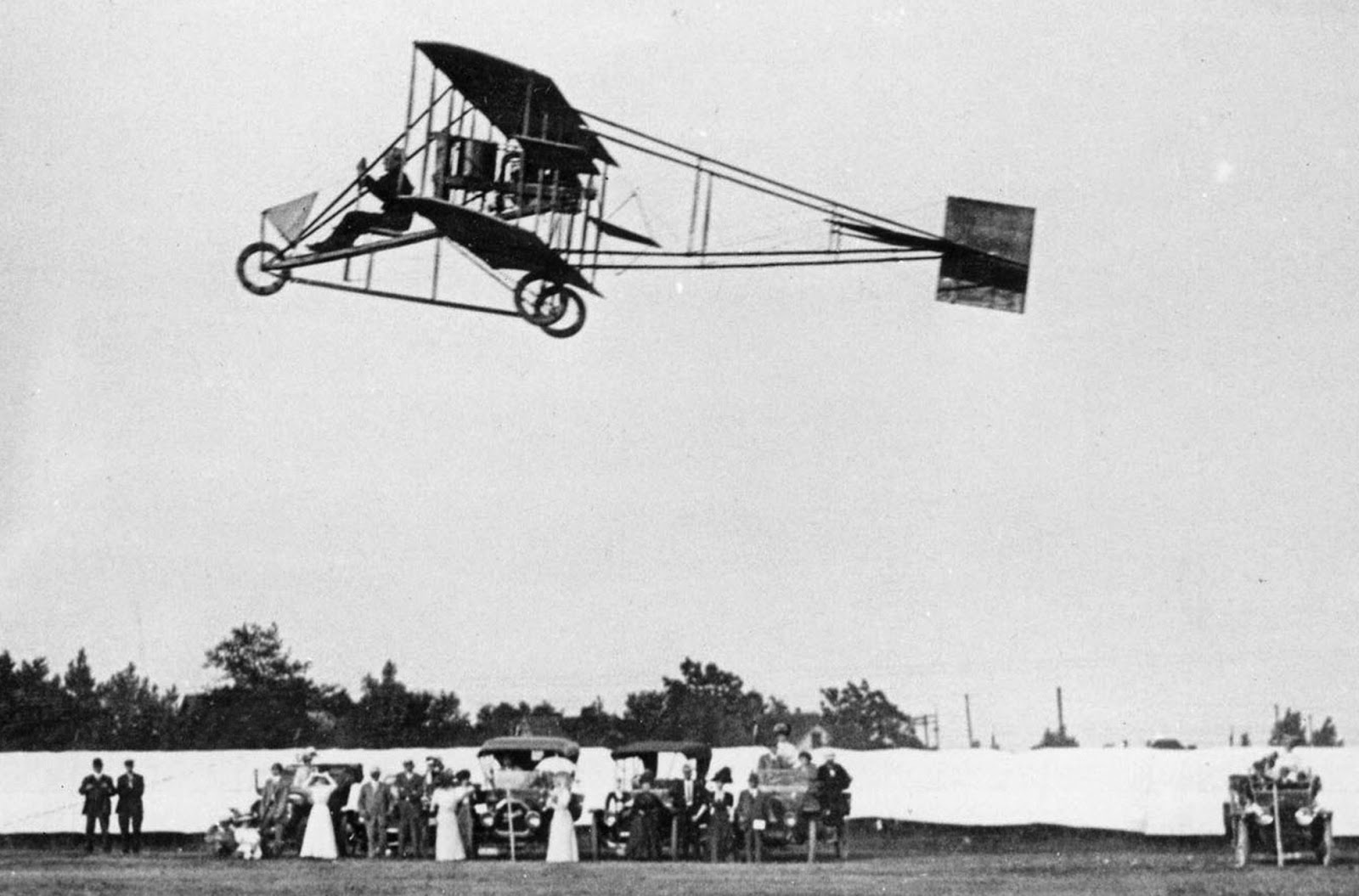 http://www.reading.lib.pa.us/Aviation_History_Month.pdf