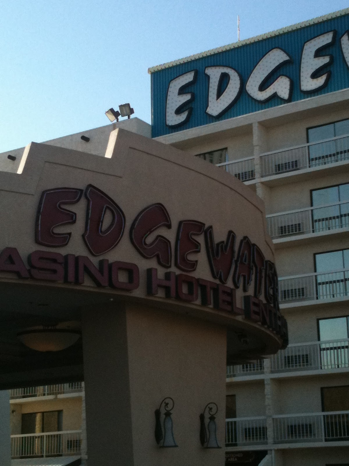 Dining Options At The Edgewater Include A Steakhouse Three Fast Food Choices Coffee No Seating Yogurt Place Diner And Buffet
