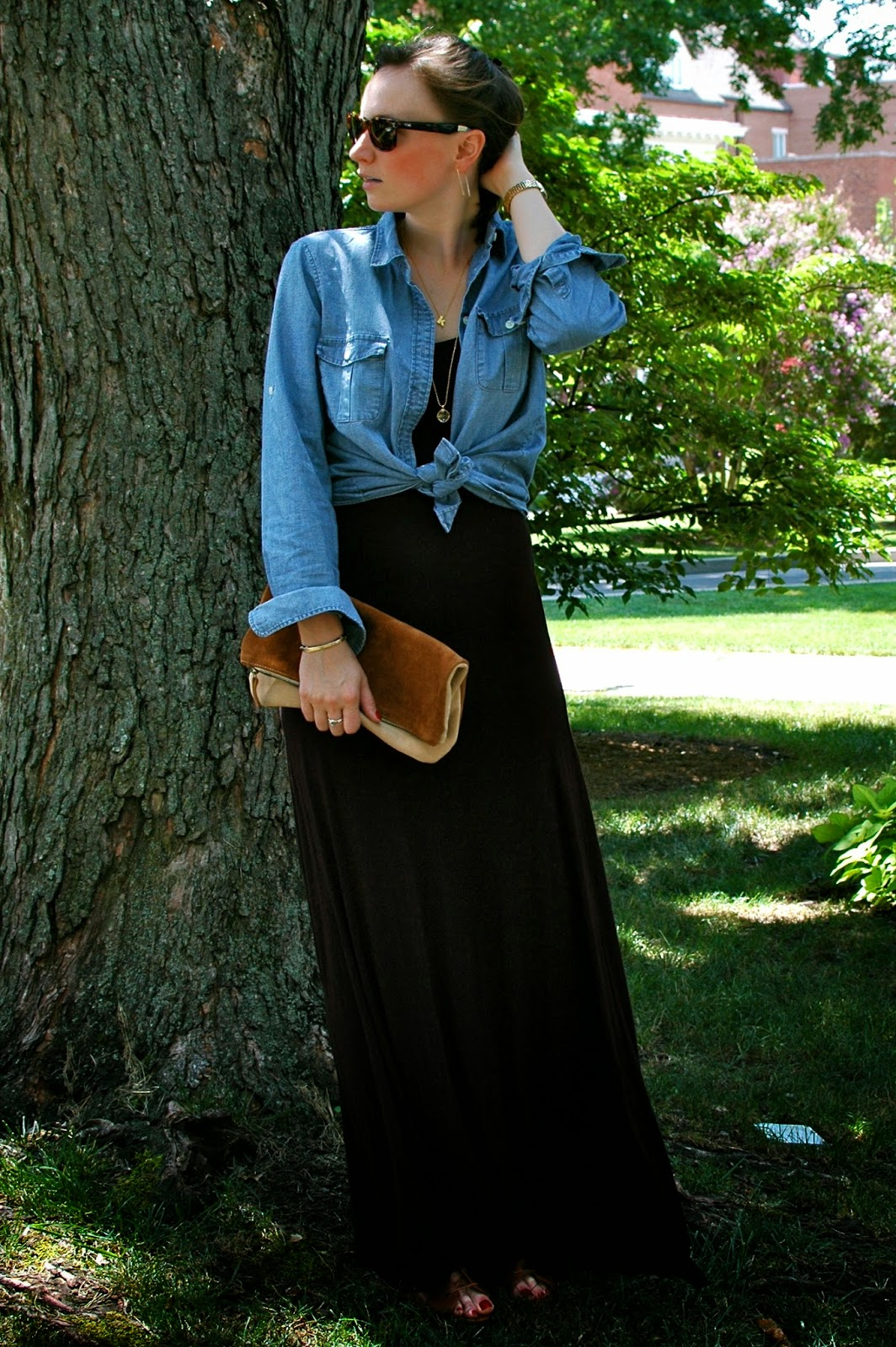 Chambray, Brown Suede Clutch, Wayfarers, Summer Style