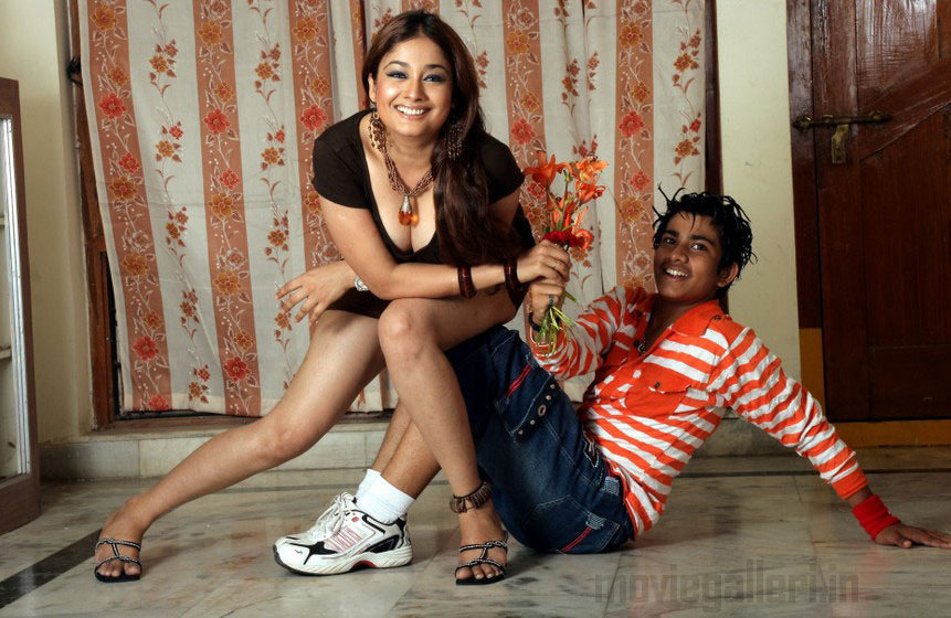 KERALA KAMBI KATHAKAL | MALLU KAMBI: Anjaly Ente Friend | Charakku