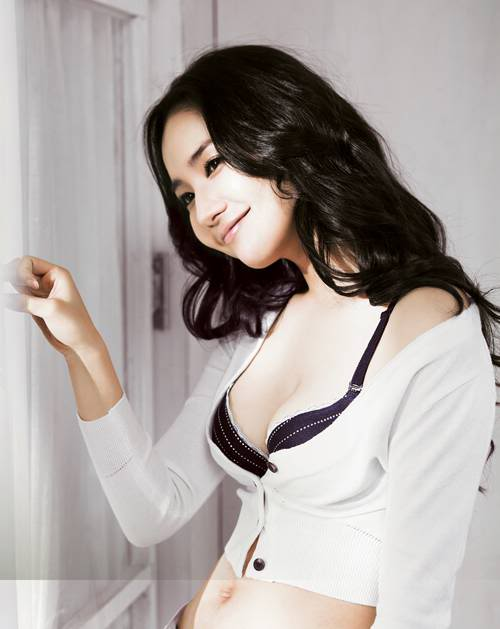 park min young sexy lingerie photo 01