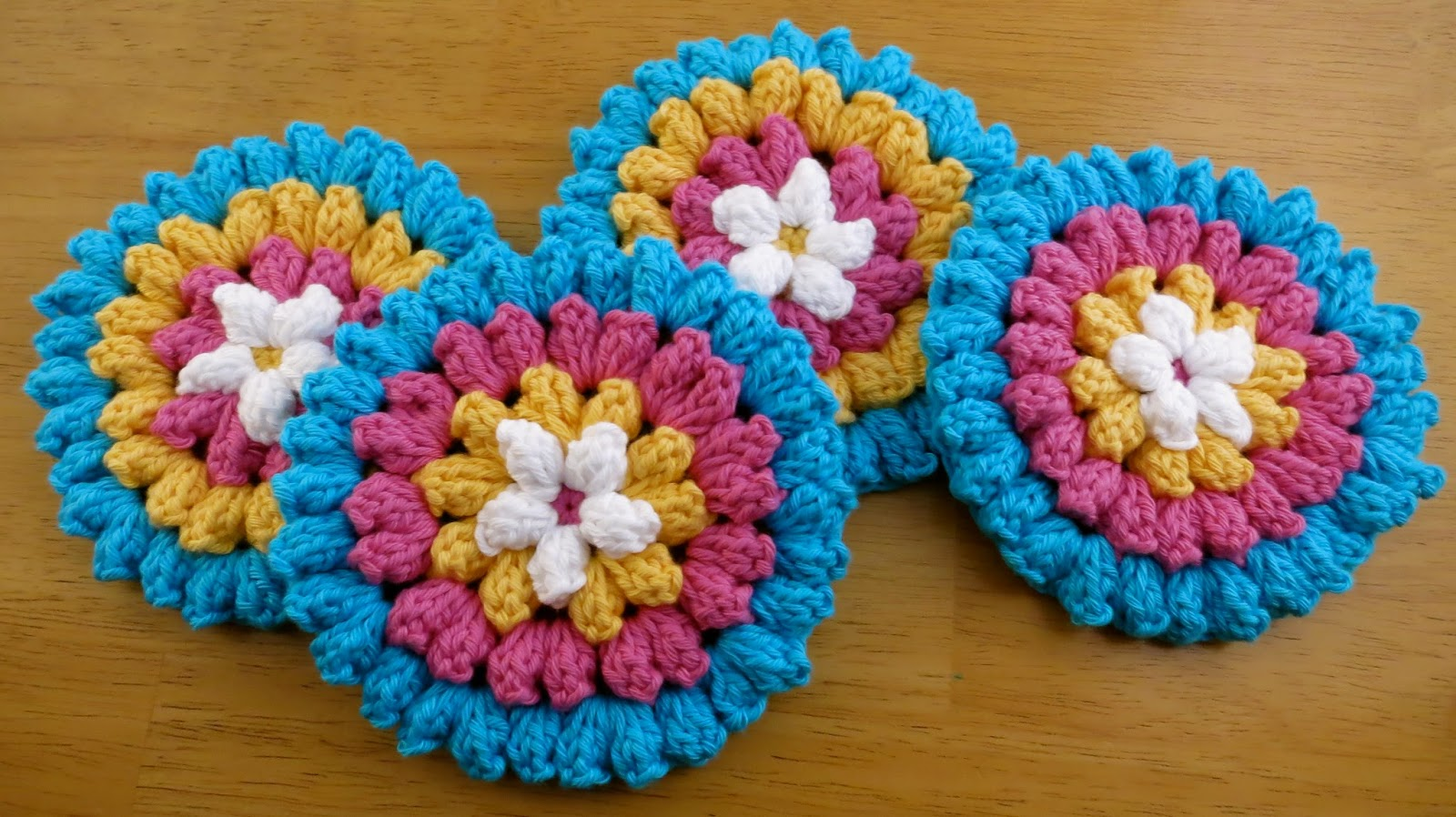 Das Crochet Connection: Popcorn Flower Coasters