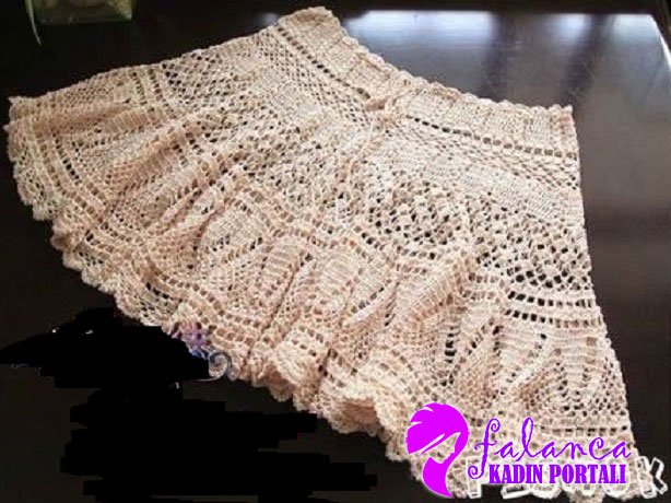Crochet Skirt Pattern : Zurbahan Blog: crochet skirt free pattern