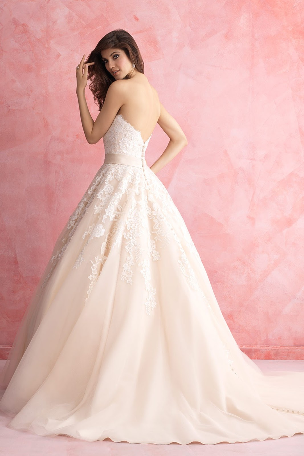 Fashion Inspiration: Whimsical Wedding Gowns from Landybridal ...