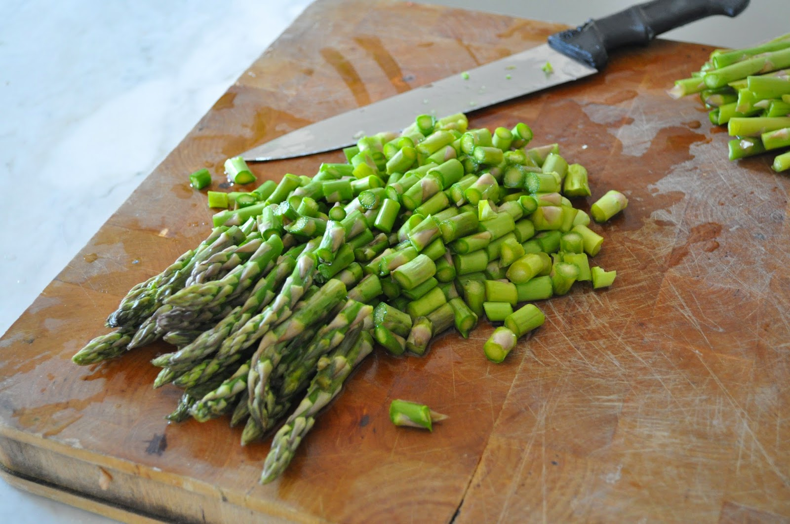 Wash The Asparagus And Cut In Pieces When The Water Boils Cook For The  Asparagus For About 8 Minutes, Depending On Thickness, Until Tender