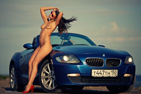 Alexey Aloisov fotografia nudez NSFW mulheres e carros