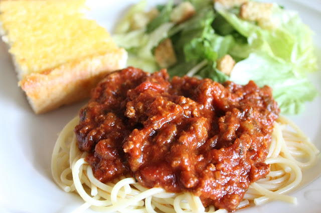 The Little Things: Spaghetti with Meat Sauce recipe