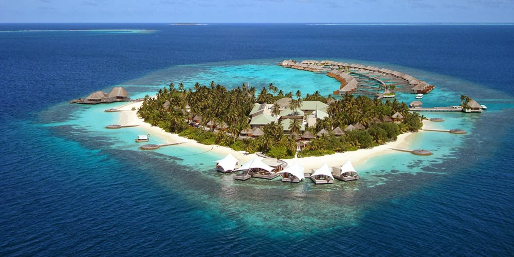 Malé, Maldives, holiday in Maldives, honeymoon in Maldives, snorkeling, scuba diving in Maldive, spa, underwater hotel in Maldives, tropical paradise