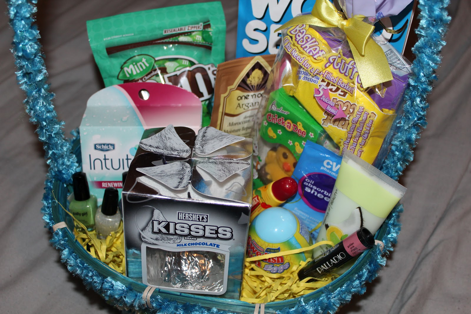 The world famous mommiedawn blog easter baskets for teen girls and this year they were at their fathers for easter so i got to get out monday morning for half price easter candy negle Images