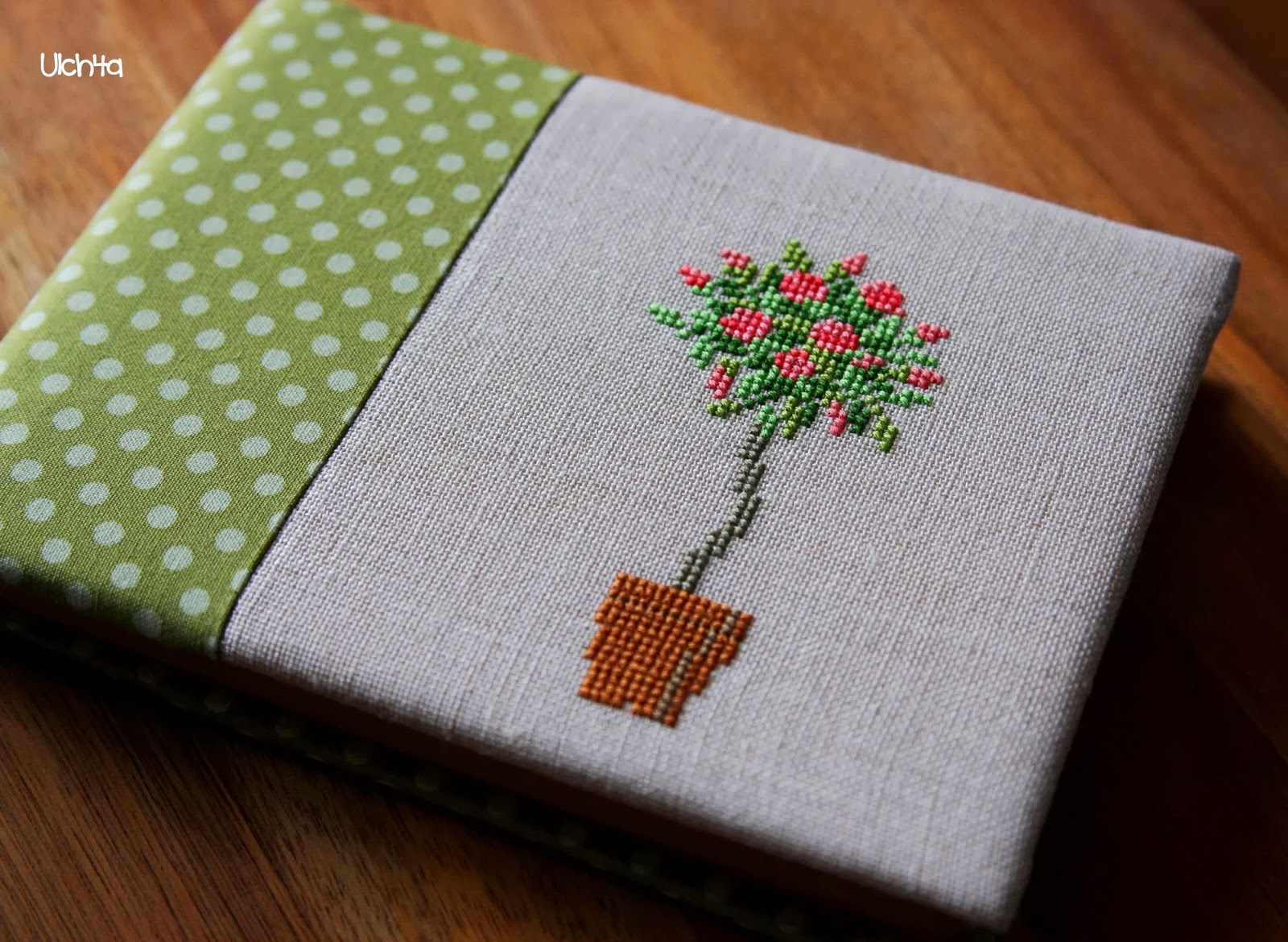 Обложка на ежедневник с вышивкой