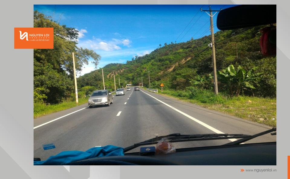 thuê xe tải chở hàng tphcm - madagui