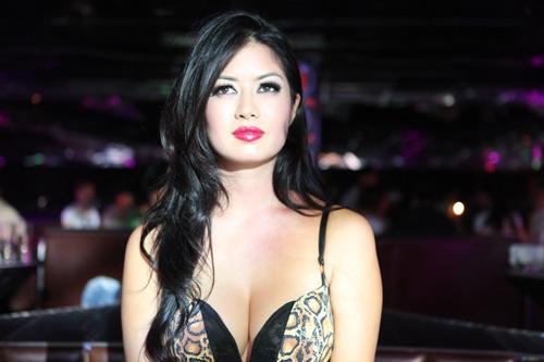 Sexy Kim Lee
