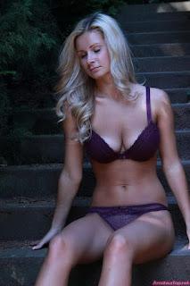 Twerking blondes - rs-1_%252812%2529-701003.jpg