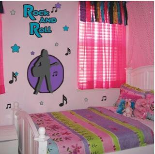 paredes decoradas con calcomanias, paredes decoradas con stickers, como decorar mis paredes con stickers, ideas para decorar las paredes de mi cuarto