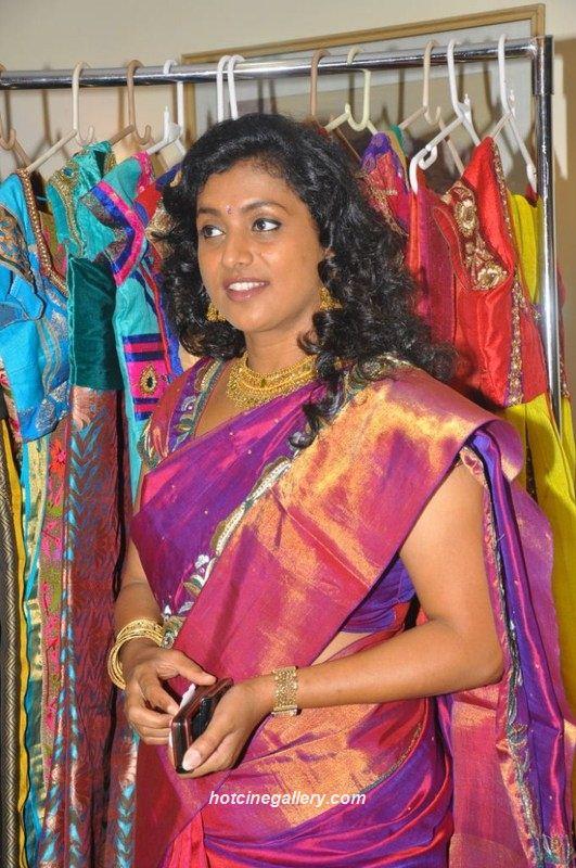 Tamil Actress Roja Hot In Silk Saree Latest Photos One Cine Gallery