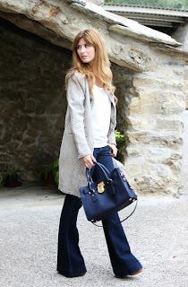 http://3.bp.blogspot.com/-qDCy3-oe-ng/UmS8xgu4SsI/AAAAAAAAOlU/mvHRmSJ3H98/s1600/look-outfit-street_style-pantalon_de_campana-abrigo_tweet-michael_kors_bag-a_trendy_life012.JPG
