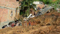 http://sciencythoughts.blogspot.co.uk/2015/04/landslides-kill-fourteen-in-salvador.html