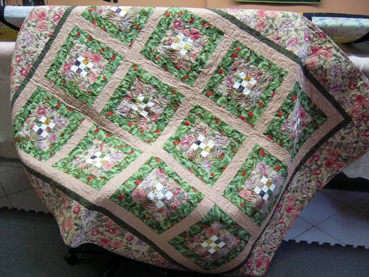 featuring images rosenthal by s quilts for sauce april secret additional mama secretsauce cottage sale cottages quilt kit