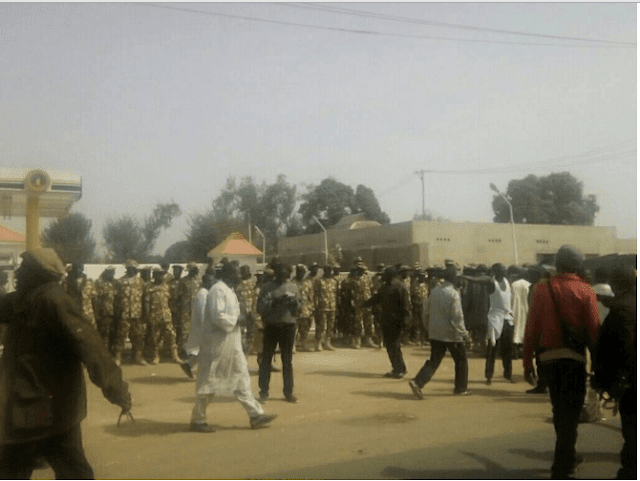 Tentara Nigeria Tembak Ratusan Muslim Saat Acara Maulud Nabi