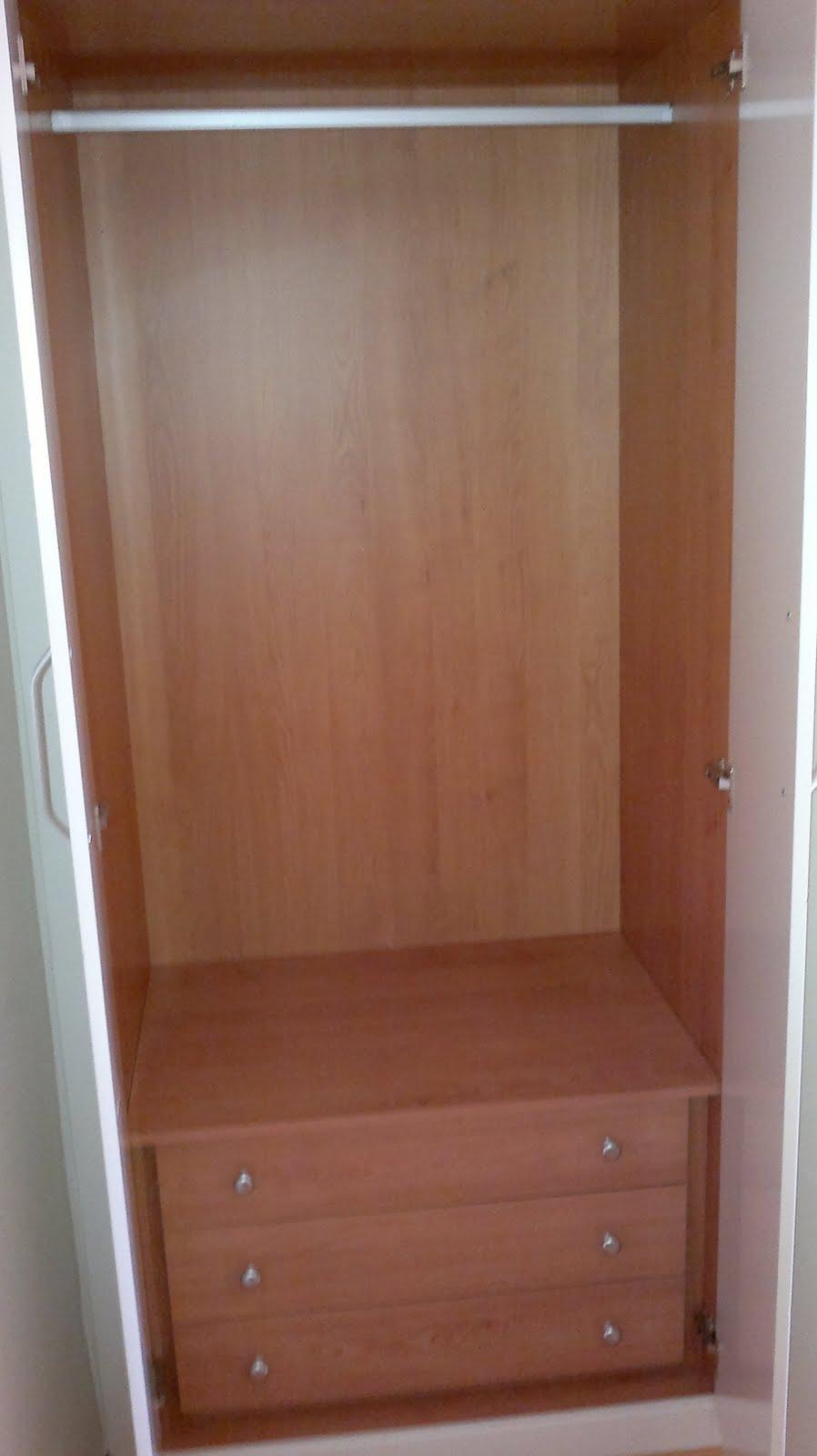 Decoraciones sahuquillo armario lacado puertas ranuradas - Armarios por modulos ...