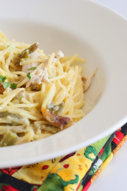 Creamy Green Chile Chicken Spaghetti | Tortillas and Honey