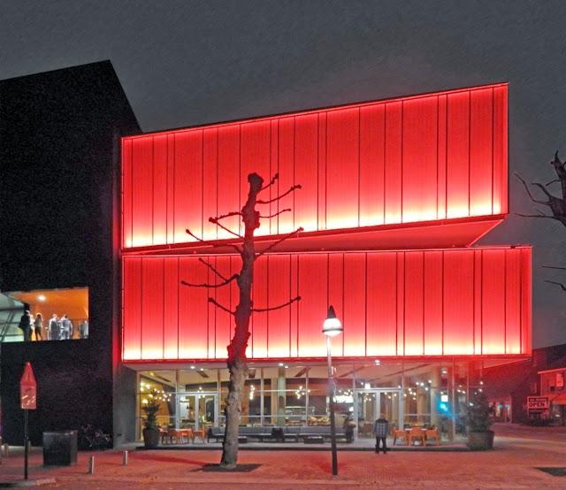01-Multipurpose-Hall-Markant-by-architectuurstudio-HH