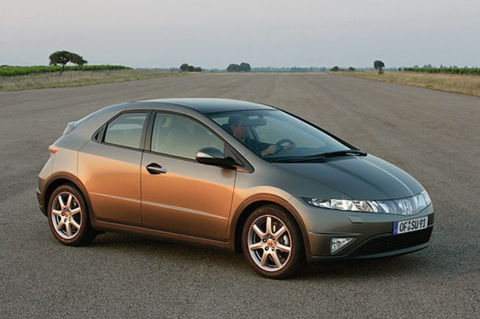 Imagine de exterior cu noua Honda Civic 5D