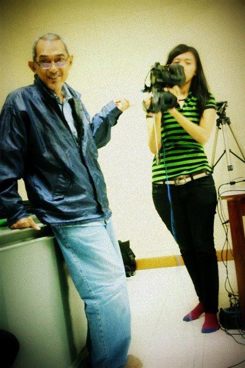 Lagi Kuliah Dasar-Dasar Broadcasting with Mr. Yudo Herbeno, SH