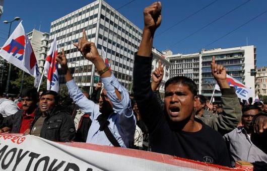Το ΚΚΕ καλεί τους λαθραίους μετανάστες σε ... εξέγερση! Ρε τι κάνει η πτώση των ποσοστών και λίγη ζέστη....