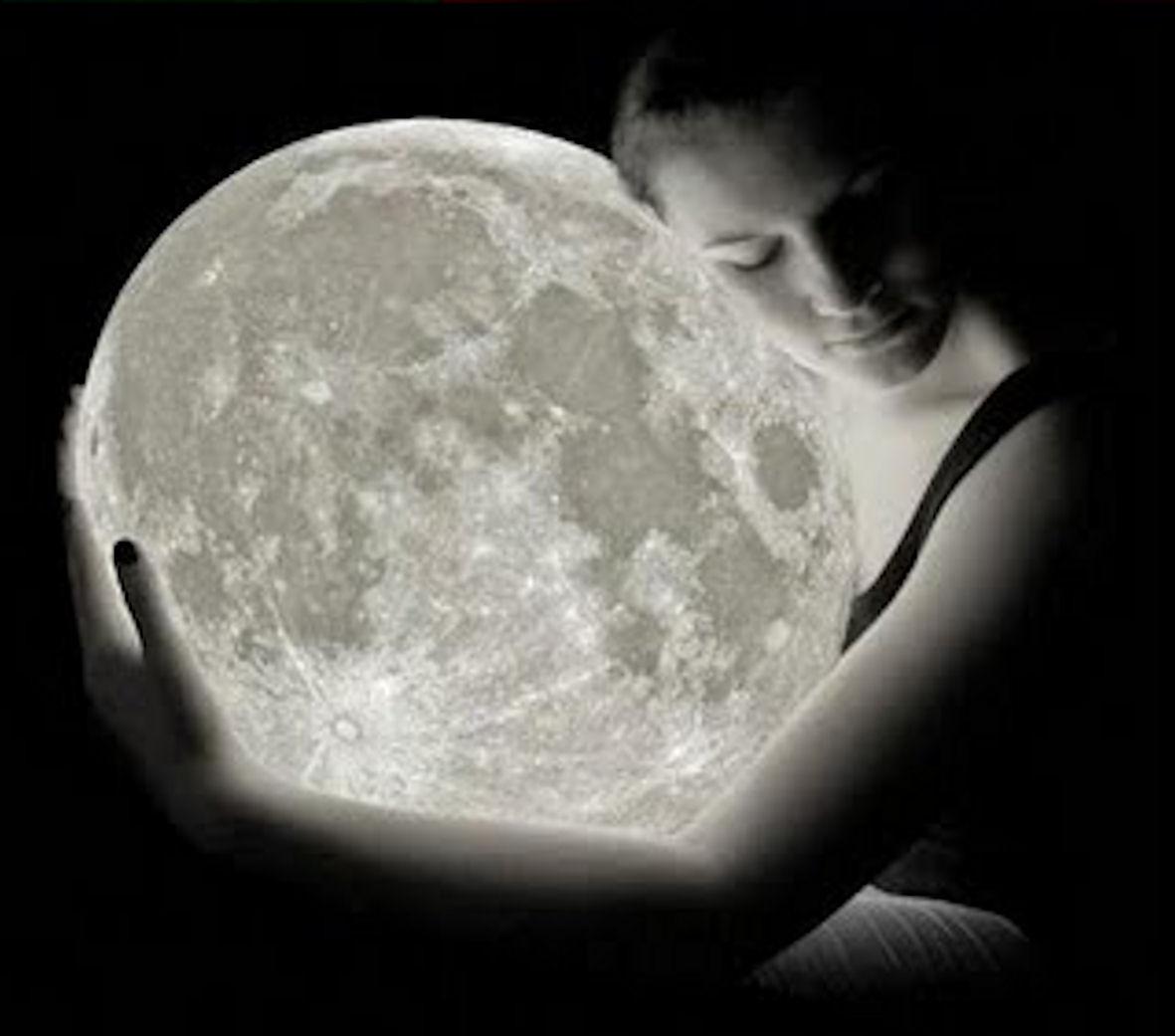 http://3.bp.blogspot.com/-qEbUL_3y5bs/UQuSevmNGWI/AAAAAAAABlw/LG19oh-Prg4/s1600/noche+de+amor+y+luna.jpg